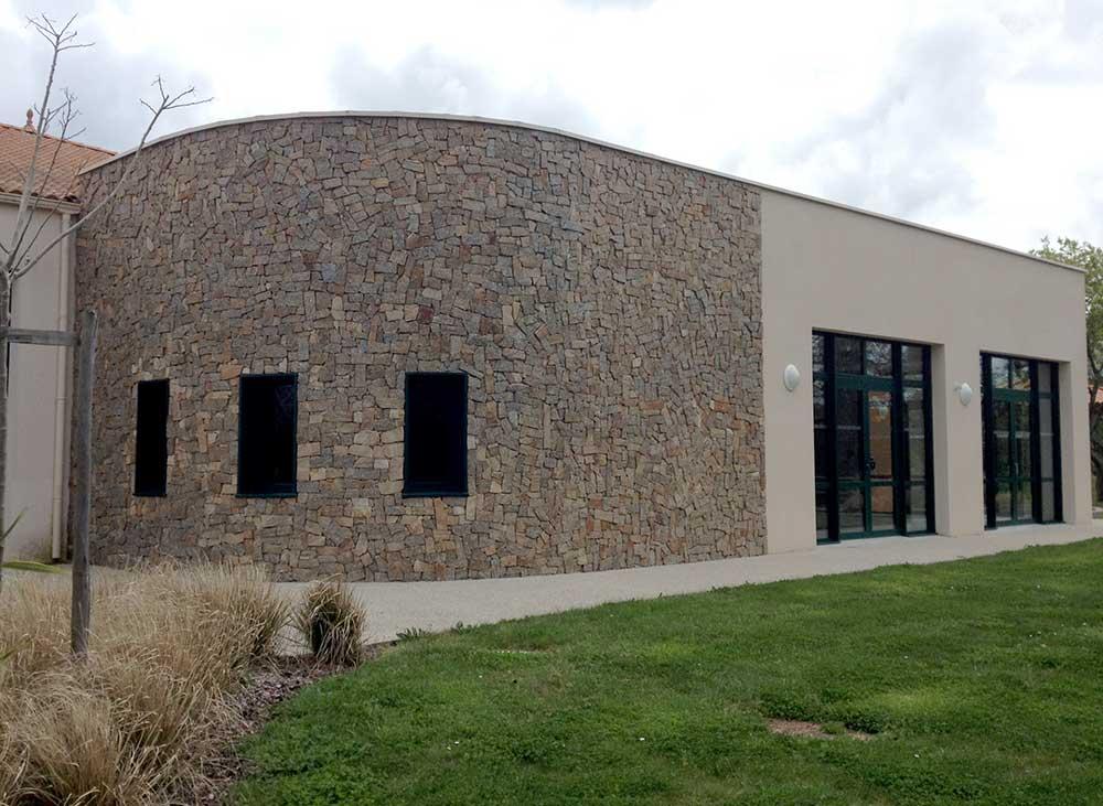 extension de salle polyvalent à Landevieille (85) : une réalisation de Muriel Bernard, architecte DPLG. 2015